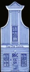 "Large Canal House #08 Old Dutch 7"" tall"