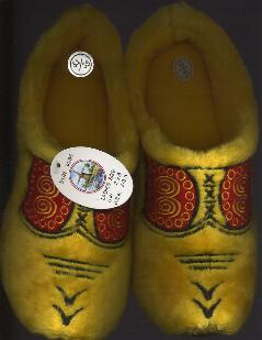 EU-34-35 Cloggy Slipper Woman's Size 3 - 3.5 Men's 3.5 - 4.5