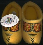 EU-18-19 Cloggy-- Slipper Child-s Size 2.5