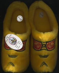 EU-31-33 Cloggy-- Slipper Size 1 - 1.5