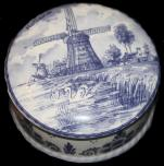 Delft Pill Box -- 4 inch diameter -- Large