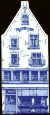 "Large Canal House #09 Puntgevel 6 1/2"" tall"